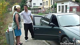Old blonde whore gets hammered