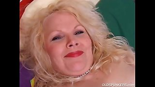 Cute chubby mature blonde