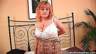 Granny with big tits sucks..