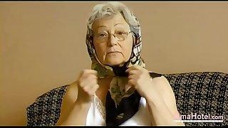 OmaHoteL Horny Grandma..