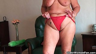 Chubby granny with saggy big..