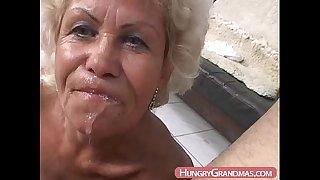 Blonde grandma Ella mouth..