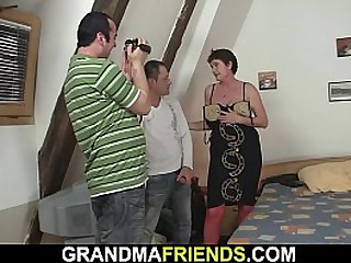 Threesome with old granny in..