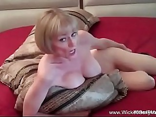 Amateur Granny Is Horny At..
