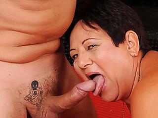 Old BBW Granny Enjoying her..
