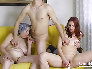 OmaHoteL Naked Couple and..