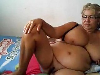 Blonde granny mastrubation
