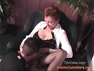 Young Son, Grannys PUSSY