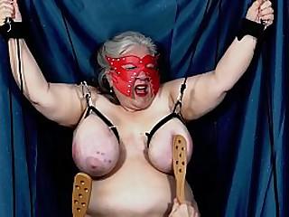 Granny Pentathlon Tit t...