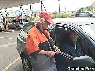 Granny double penetration..