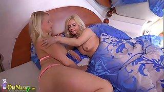 OldNanny Two blonge lesbians..